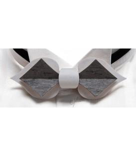 Noeud papillon en bois - Carte en Erable perlé teinté