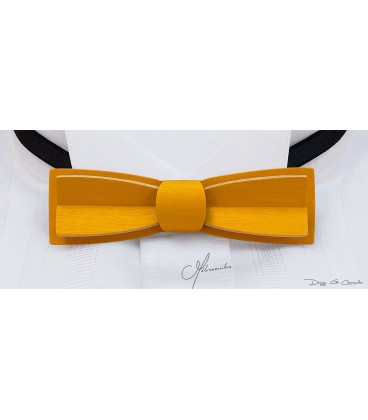 Bow tie in wood, Stretto in yellow tinted Maple - MELISSAMBRE
