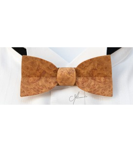 Bow tie in wood, Mellissimo in golden Amboyna burl - MELISSAMBRE