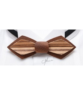 Bow Tie in Wood, Nib Smoked Larch & Zebrano