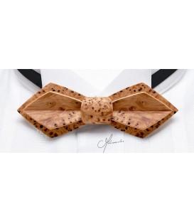 Nœud papillon bois, Plume en If