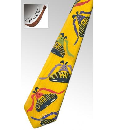 Cravate jaune en bois, Baskets - MELISSAMBRE