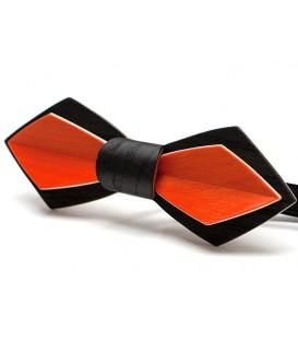 Bow tie in wood, Nib in black Oak & tinted Maple