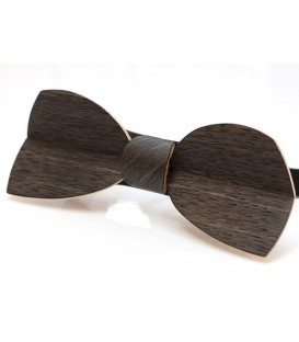 Bow tie in wood, Half-Moon in Marsh Oak