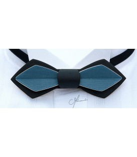 Bow tie in wood, Nib in black & blue Jean's tinted Maple
