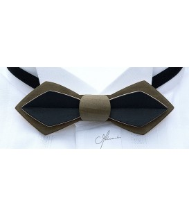 Bow tie in wood, Nib in Khaki & black tinted Maple