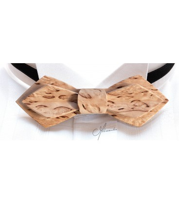 Bow tie in wood, Nib in Finland mottled Birch