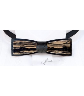 Wooden bow tie, Stretto in black Oak & white Ebony