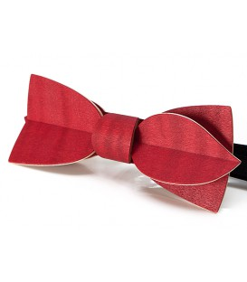 Bow tie in wood, Asymmetric in red tinted Maple