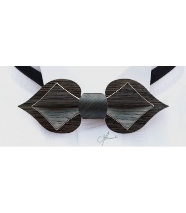 Bow tie in wood, Card in Marsh Oak, MELISSAMBRE