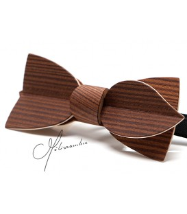 Bow tie in wood, Asymmetric in smoked Larch